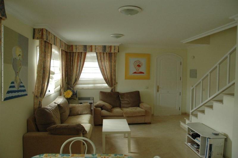2: 2 bedroom Townhouse property for sale in Callao Salvaje, Tenerife, €180,000