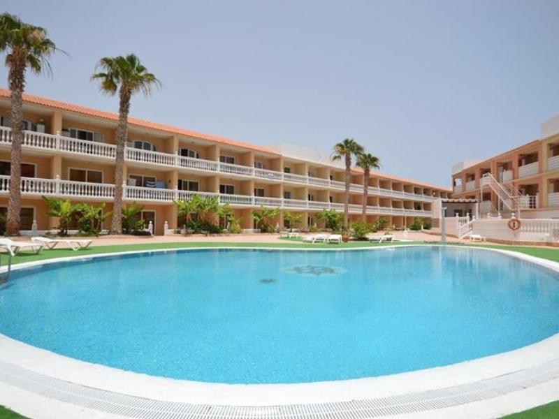1:  Studio property for sale in Costa del Silencio, Tenerife, €99,000