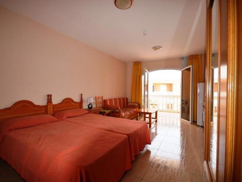 3:  Studio property for sale in Costa del Silencio, Tenerife, €99,000