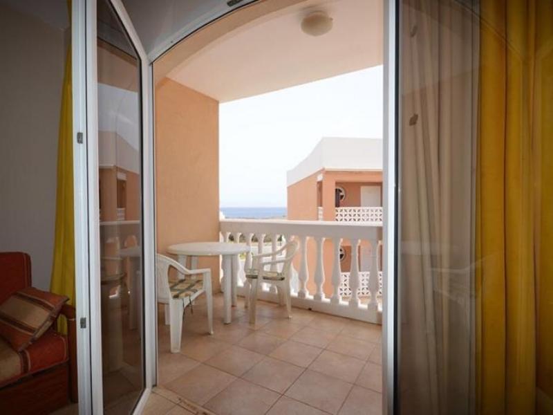 6:  Studio property for sale in Costa del Silencio, Tenerife, €99,000