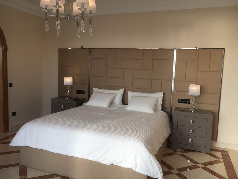 11: 7 bedroom Villa property for sale in Torviscas Alto, Tenerife, €1,950,000