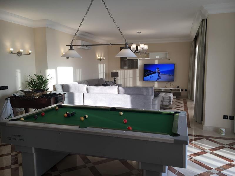 4: 7 bedroom Villa property for sale in Torviscas Alto, Tenerife, €1,950,000