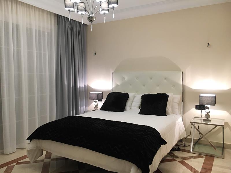 7: 7 bedroom Villa property for sale in Torviscas Alto, Tenerife, €1,950,000