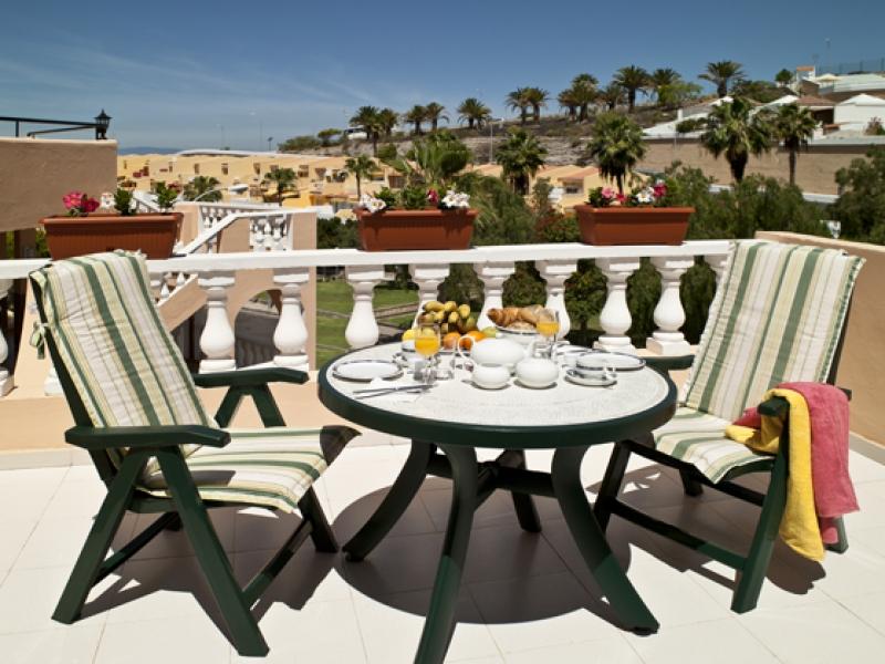 4: 1 bedroom Apartment property for sale in San Eugenio Alto, Tenerife, €145,000