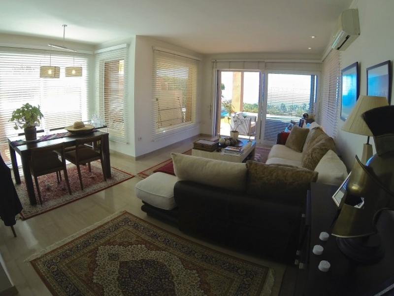 2: 3 bedroom Villa property for sale in La Caleta, Tenerife, €800,000