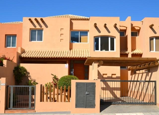 1: 3 Bad Villa eiendom for salg i La Caleta, Tenerife, €795,000