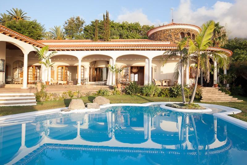 6 chambres villa propri t vendre santa ursula tenerife for Hotels a prix reduits